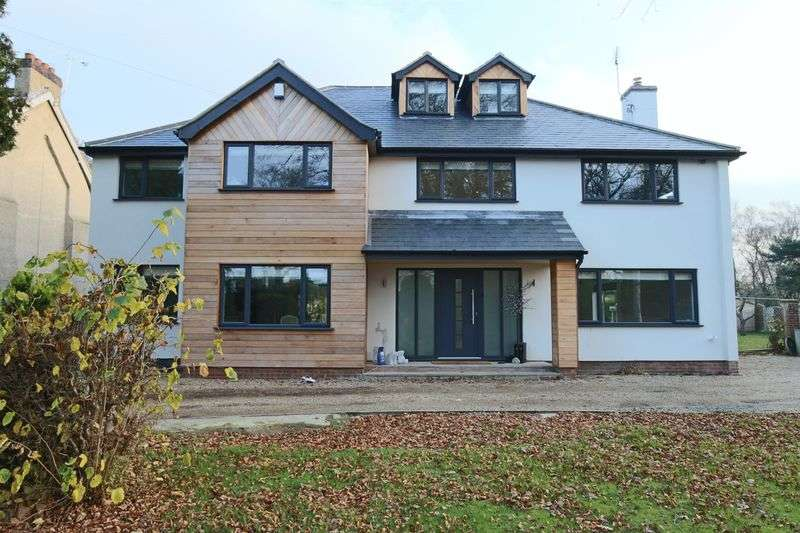 5 Bedrooms House for sale in Yarmouth Road, Lowestoft