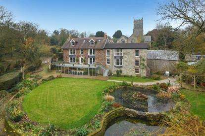 7 Bedrooms House for sale in St Clement, Truro