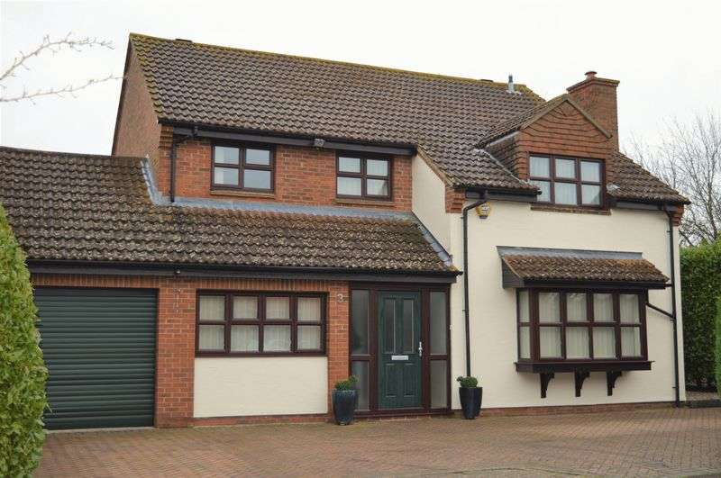 4 Bedrooms Detached House for sale in Thame, Oxfordshire