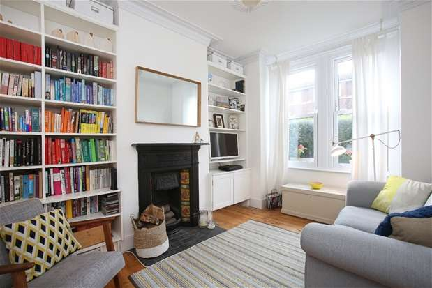 2 Bedrooms Maisonette Flat for sale in St Louis Road, West Norwood