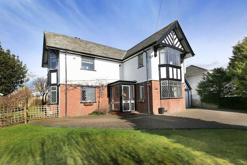 4 Bedrooms Detached House for sale in Elburton, Plymouth