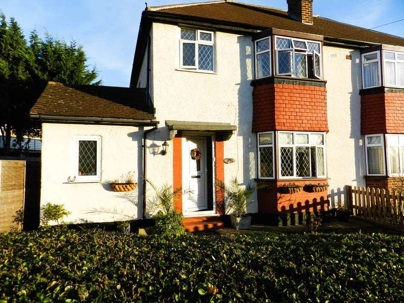 3 Bedrooms Property for sale in Gadesden Road, Epsom