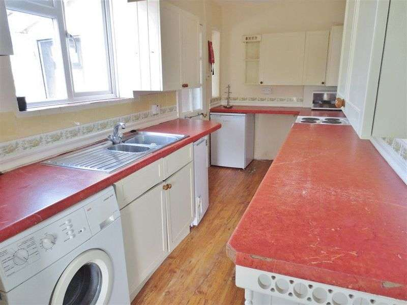 6 Bedrooms Terraced House for rent in Moulsecoomb Way, Brighton