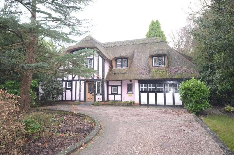 4 Bedrooms Detached House for sale in Hale Road, Hale Village, Liverpool, L24