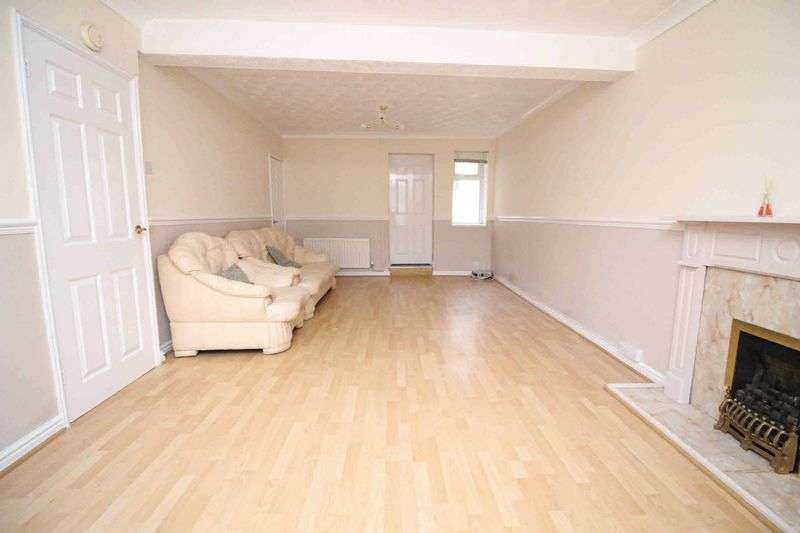 3 Bedrooms Terraced House for sale in Barry Road, Pwllgwaun, Pontypridd CF3