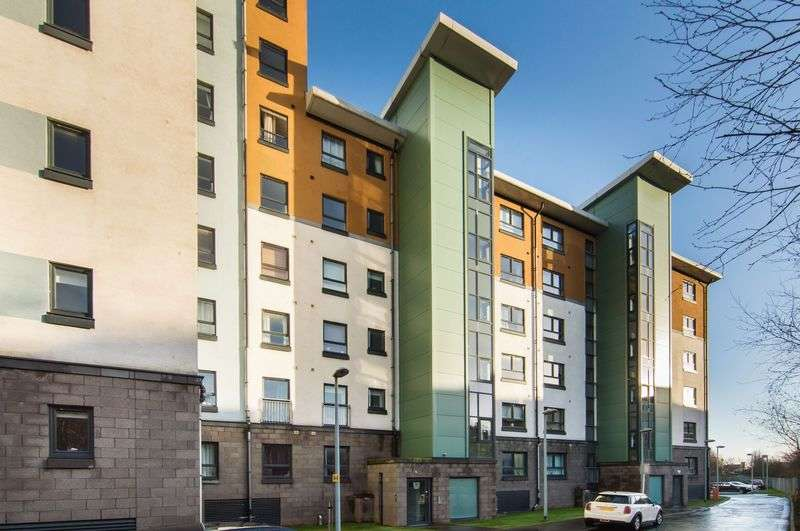 1 Bedroom Flat for sale in Flat 2,15 Lochend Park View, Easter Road, Edinburgh, EH7 5FX