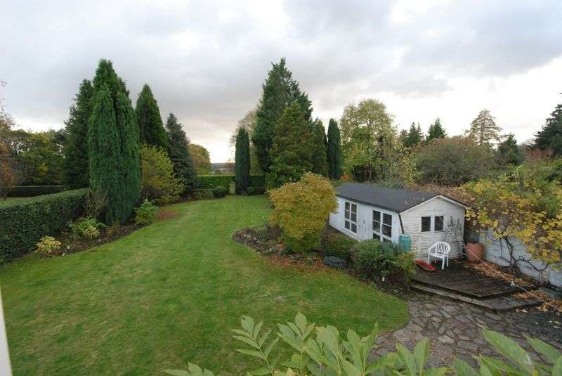 4 Bedrooms Detached Bungalow for sale in Worlds End Lane, Orpington