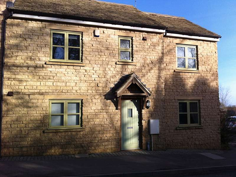 3 Bedrooms End Of Terrace House for sale in Albion Row, Burford Road, Chipping Norton, Oxfordshire, OX7