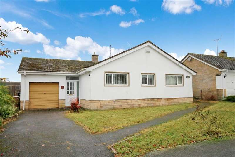 3 Bedrooms Property for sale in Chestnut Springs, Lydiard Millicent, Wiltshire