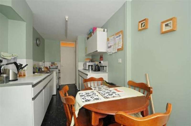 2 Bedrooms Maisonette Flat for sale in Cleveland Road, Islington