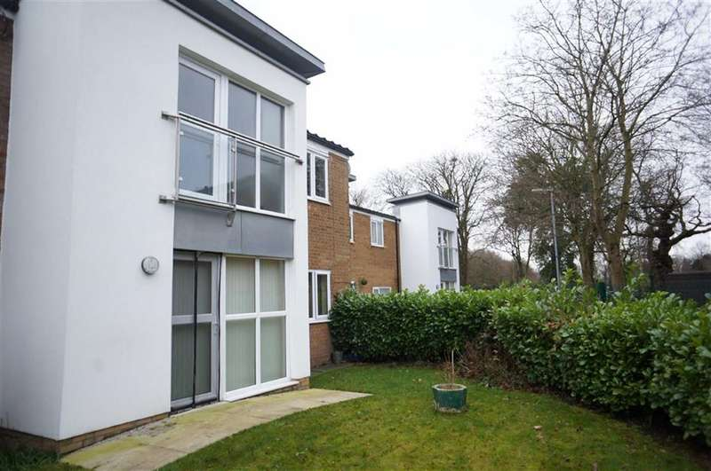 1 Bedroom Property for sale in Brookstone Close, Chorlton, Manchester, M21