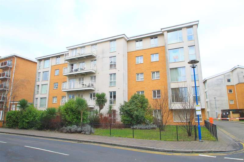 2 Bedrooms Property for sale in Reresby Court, Cardiff Bay