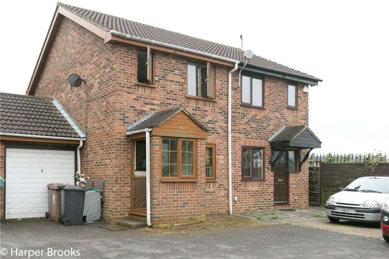 2 Bedrooms Semi Detached House for sale in Rudyard Close, Luton, Bedfordshire, LU4