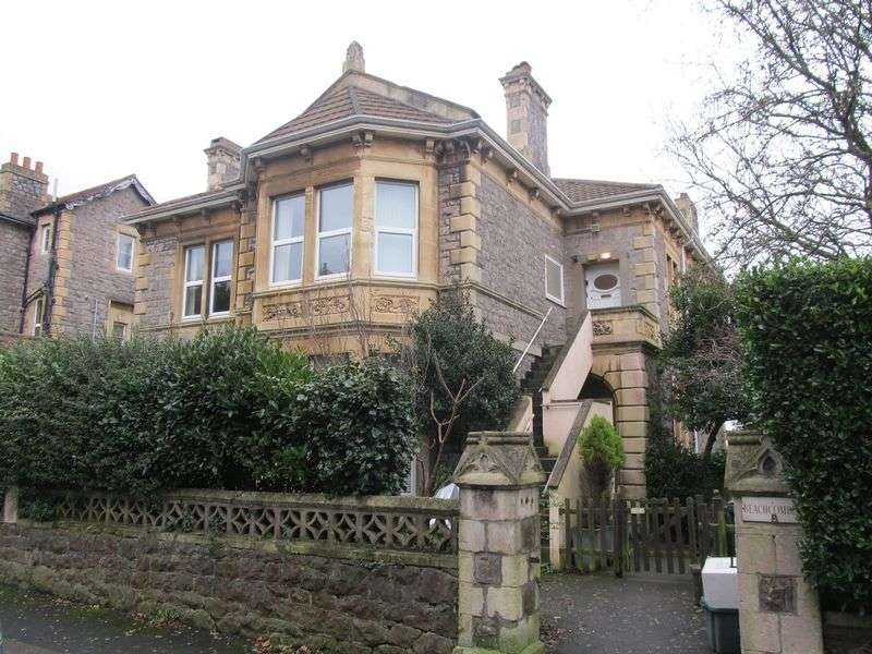 2 Bedrooms Flat for sale in Atlantic Road South, Weston-Super-Mare