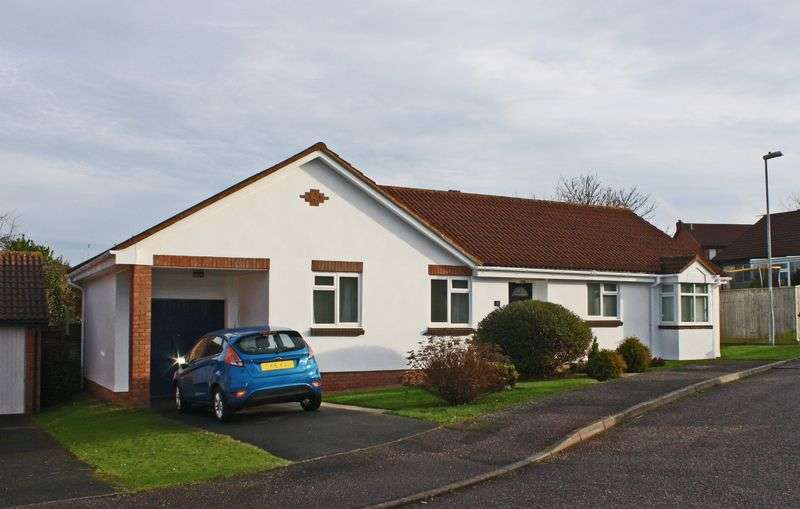 3 Bedrooms Detached Bungalow for sale in Yew Close, Honiton