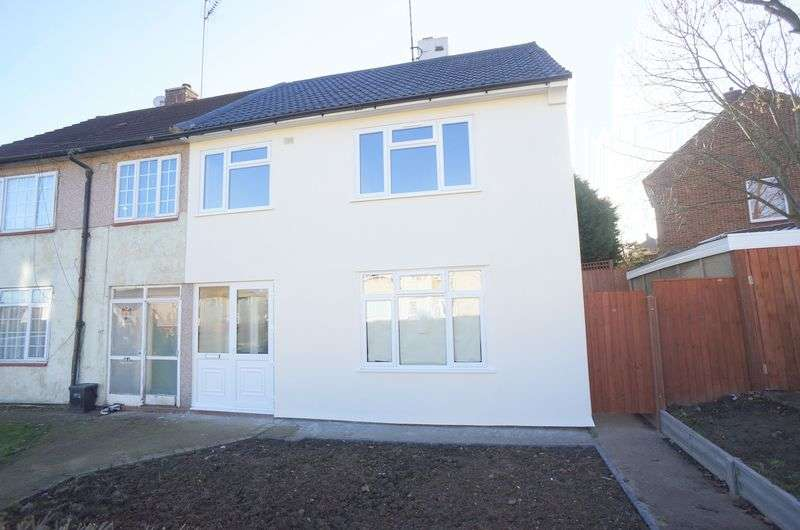 3 Bedrooms Semi Detached House for sale in Wisley Road, Orpington, BR5 3DR