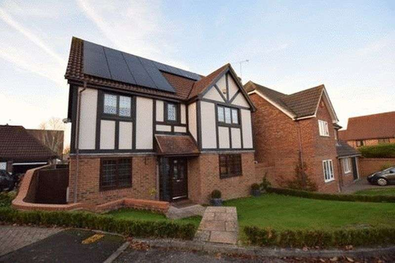 4 Bedrooms Detached House for sale in Hedley Close, Aston Clinton
