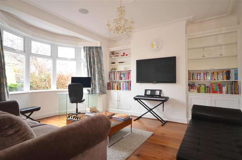 3 Bedrooms Semi Detached House for sale in Buckingham Road, Wanstead