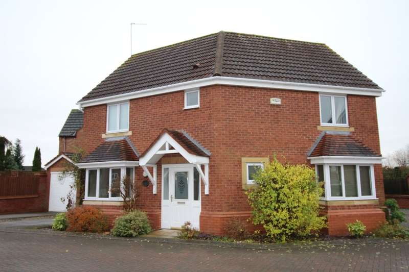 3 Bedrooms Detached House for sale in Church Fields, Carlton, Goole, DN14