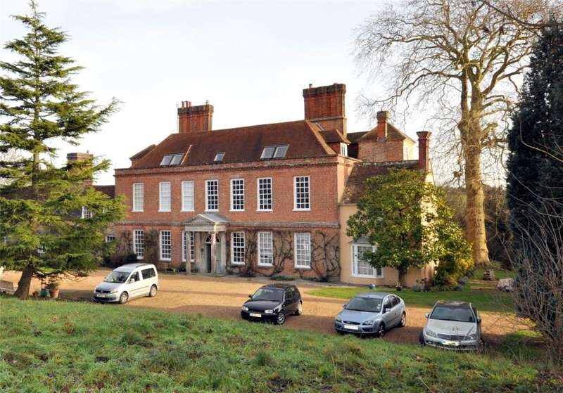 2 Bedrooms Apartment Flat for sale in Binderton House, Binderton, West Sussex, PO18