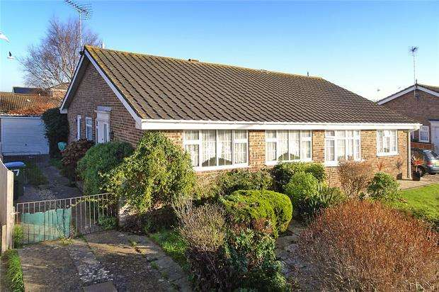 2 Bedrooms Semi Detached Bungalow for sale in Southfields Road, Littlehampton, West Sussex, BN17