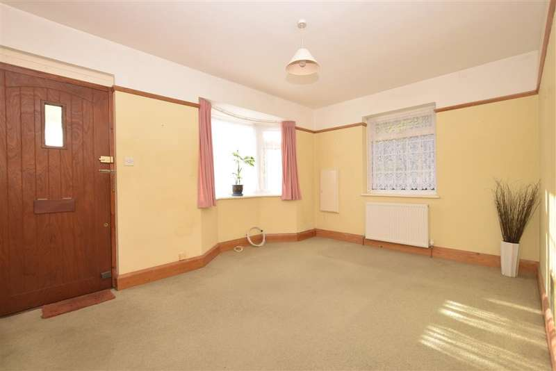 3 Bedrooms Bungalow for sale in Hillview Crescent, East Preston, West Sussex
