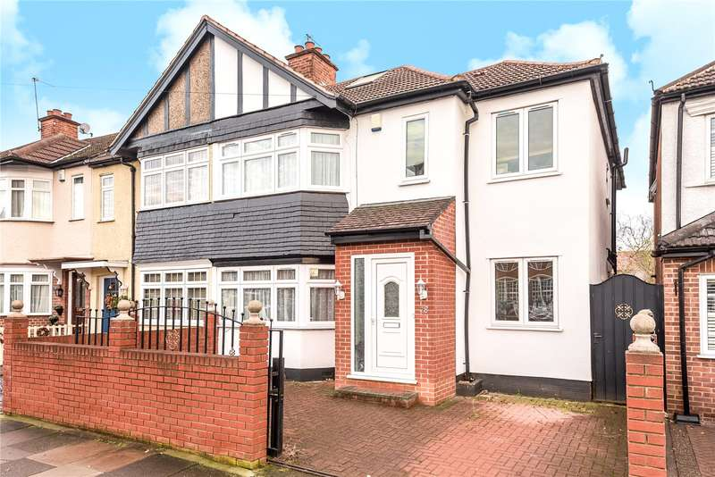 4 Bedrooms End Of Terrace House for sale in Dawlish Drive, Ruislip, Middlesex, HA4