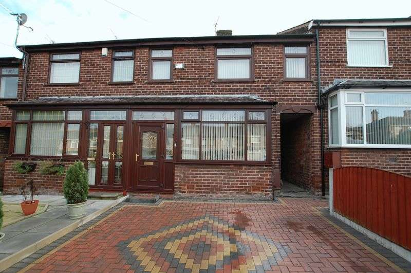 3 Bedrooms Terraced House for sale in Kearsley Road, Manchester