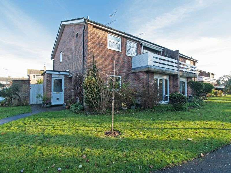 2 Bedrooms Flat for sale in Felpham, West Sussex
