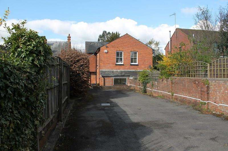 4 Bedrooms Residential Development Commercial for sale in Station Road, Liss