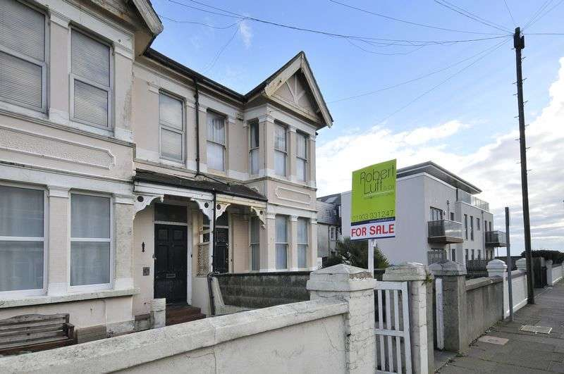 2 Bedrooms Flat for sale in Navarino Road, Worthing