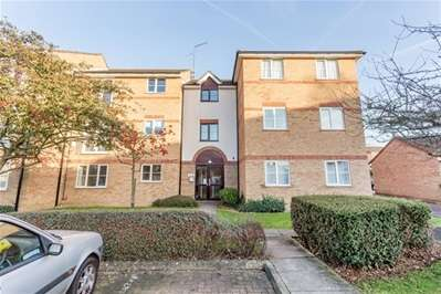 2 Bedrooms Flat for sale in Beaufort Close, London