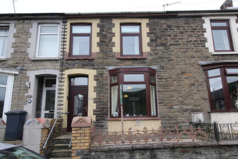 3 Bedrooms Terraced House for sale in Abercynon Road, Abercynon, Mountain Ash