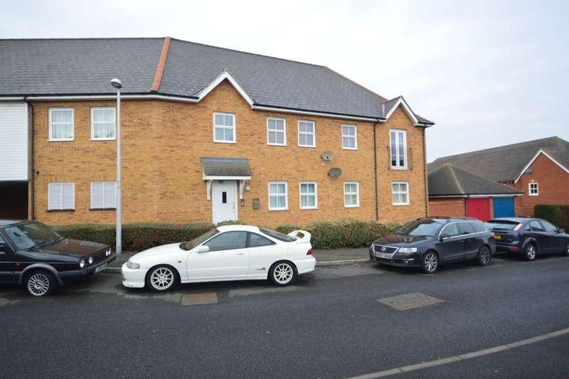 2 Bedrooms Flat for sale in Conqueror Drive, Gillingham, ME7