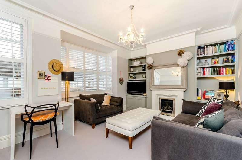 1 Bedroom Flat for sale in Tranmere Road, Earlsfield, SW18