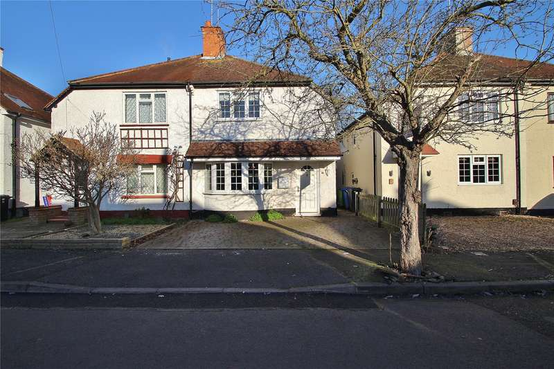 3 Bedrooms Semi Detached House for sale in Russell Road, Horsell, GU21