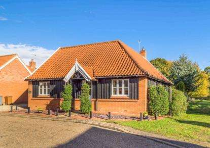 3 Bedrooms Bungalow for sale in South Walsham, Norwich, Norfolk
