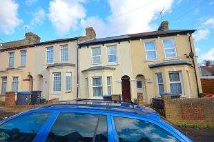 3 Bedrooms Terraced House for sale in Church Road, Dover, Kent