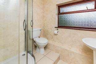 3 Bedrooms End Of Terrace House for sale in Whinfell Way, Gravesend, Kent, Gravesend