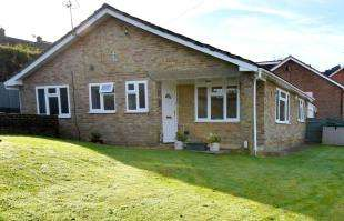 3 Bedrooms Bungalow for sale in Street End Lane, Broad Oak, Heathfield, East Sussex