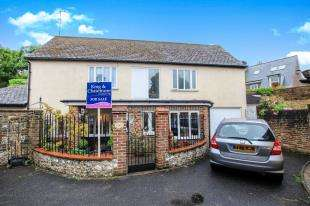 3 Bedrooms Detached House for sale in High Street, Steyning, West Sussex