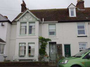 3 Bedrooms Terraced House for sale in Skinner Road, Lydd, Romney Marsh