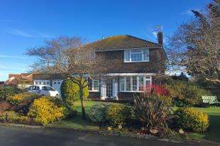3 Bedrooms Detached House for sale in Sandore Close, Seaford, East Sussex