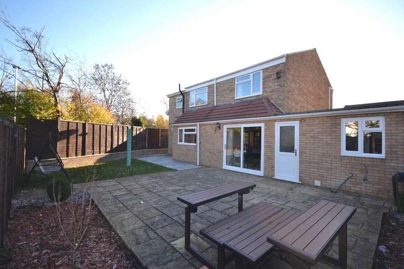 5 Bedrooms Detached House for sale in Aldenham Close, Caversham Park