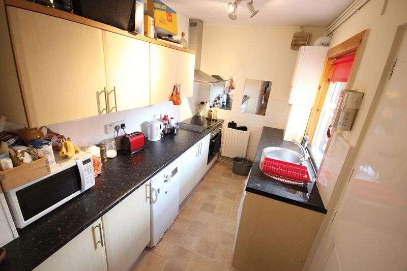 5 Bedrooms Terraced House for rent in Bentley Lane,Meanwood