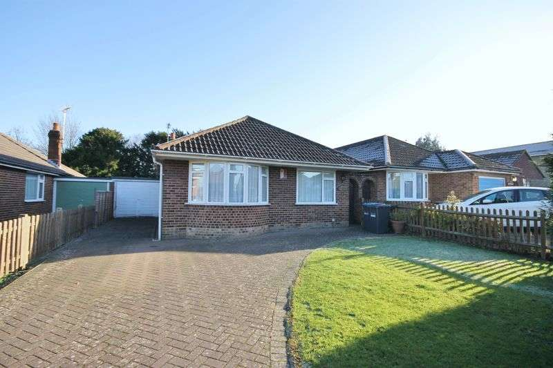 3 Bedrooms Detached Bungalow for sale in Grove Road, Burgess Hill, West Sussex