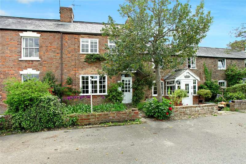 3 Bedrooms Terraced House for sale in Framilode Passage, Saul, Gloucester, Gloucestershire, GL2