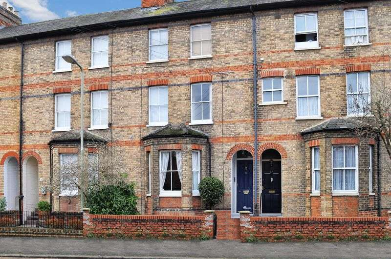 2 Bedrooms Flat for sale in 32 Victoria Road, Abingdon