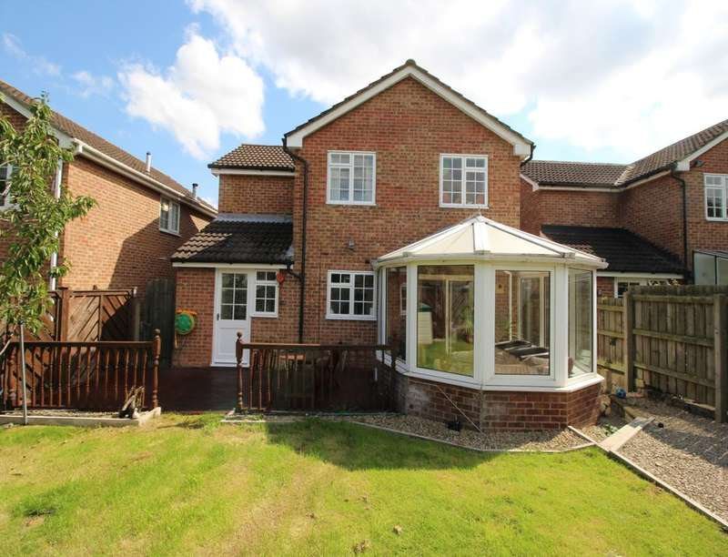 4 Bedrooms Detached House for sale in Guildford Close, Darlington, DL1