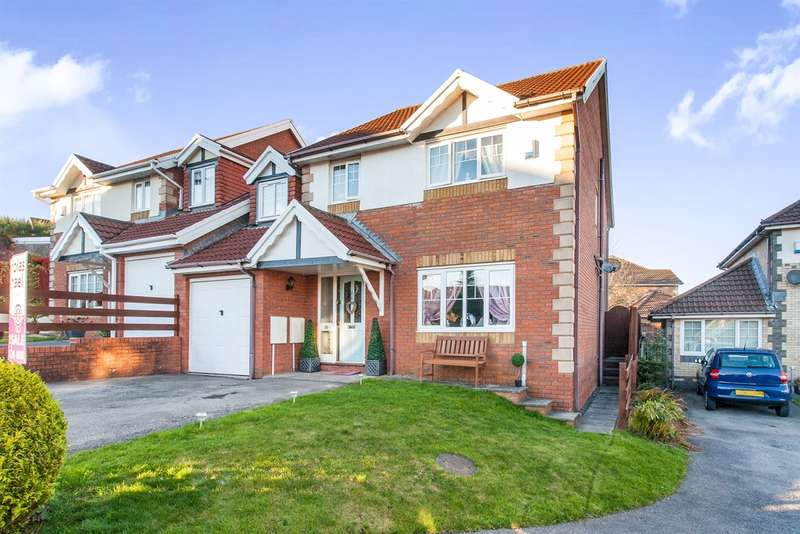 4 Bedrooms Detached House for sale in Nant Y Coed, Thomastown, Porth